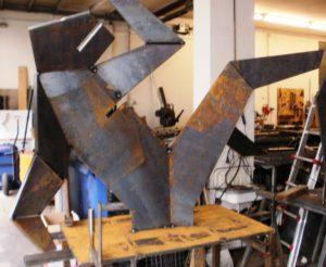 Stahlfiguren bei der Fertigung