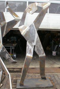 Stahlfiguren nach der Fertigung